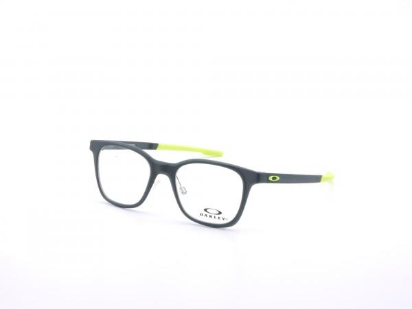Oakley Junior 8004